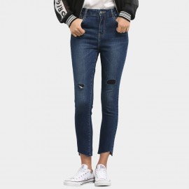 Leiji Lightly Washed Knee Cuts 9-Inch Blue Jeans (5444)