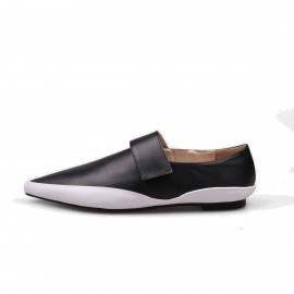 Jady Rose Pointed Toe Contrasting Sole Black Flats (17DR10298)