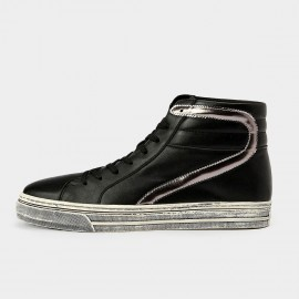 Herilos Casual Padded Leather Ankle Black Sneakers With Silvery Linings And Ash Soles (H5305G47)