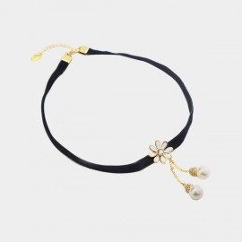 Caromay Little Daisy White Choker Necklace (X1967)